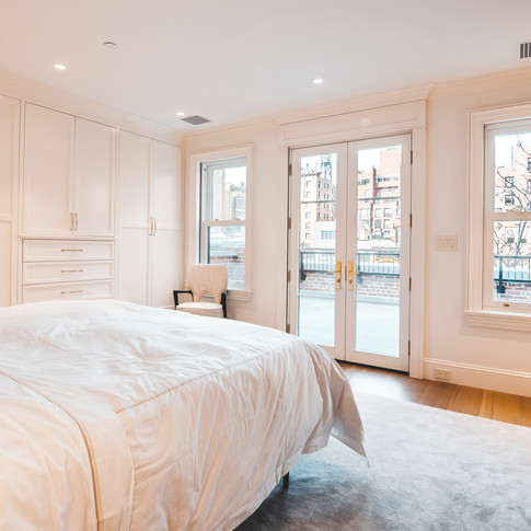 BED 2 wright architects NYC townhous.jpg