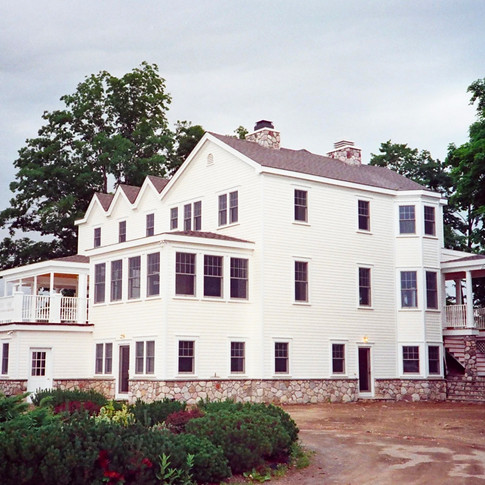 GABLED ROOF FARMHOUSE- Pine Bush, NY ext