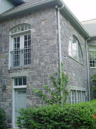Bluestone Country Chateau