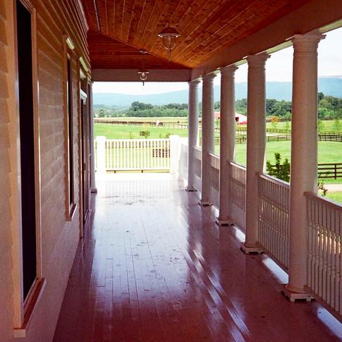 GABLED ROOF FARMHOUSE- Pine Bush, NY por