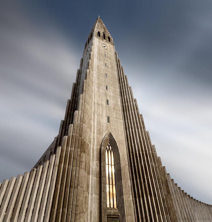 Rekjevik-church-exterior.jpg