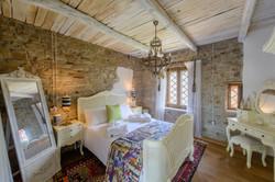 The Pinelli Estate bedroom