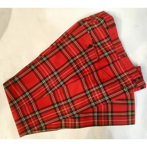シェリーの赤いタータンのズボン
