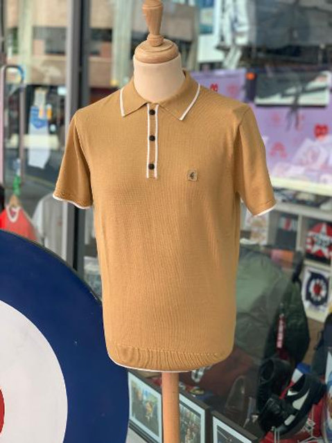 Gabicci 'Lineker' Polo Shirt - Sand