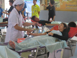 (11) บริจาคเลือด