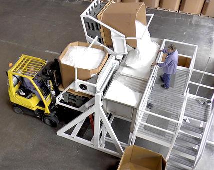 De-boxing -- Cartons to dry bulk transfer