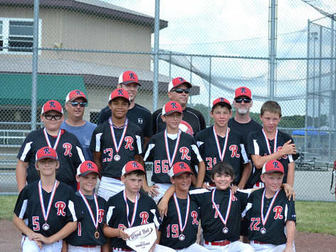 Reds 12U Black team takes third place in the Beloit Wood Bat Tournament