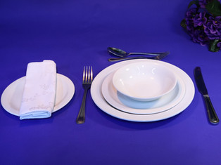 Beautifully simple porclelain