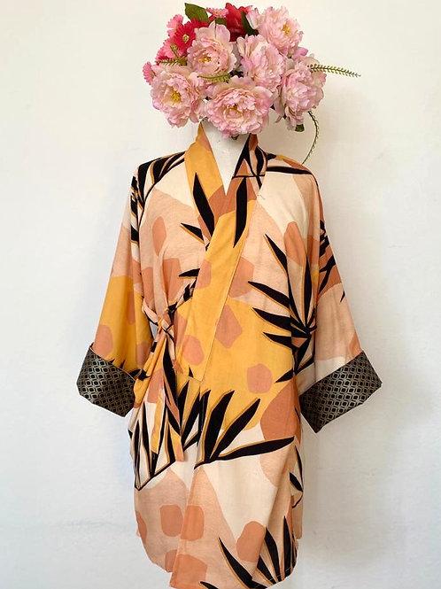 Kimono Tokyo médio folhagem preta fundo geométrico
