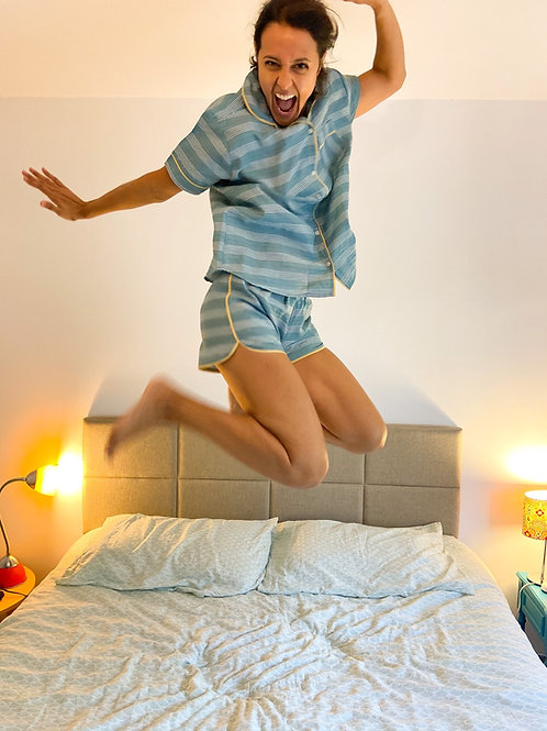 Pijama Zazá listrado azul