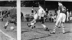 1959 v Leyton