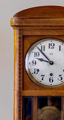 time-3360517_1920_edited.jpg