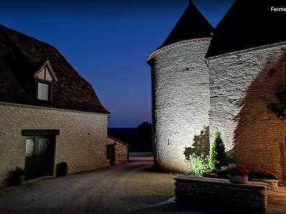 Hôtel Les Vieilles Tours de nuit