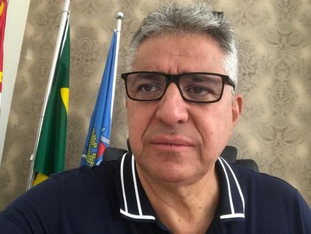 """TRABALHANDO NORMALMENTE - PREFEITO MONTA """"GABINETE DE ATENÇÃO"""" PARA ACOMPANHAMENTO DE OCORRÊNCIAS E"""