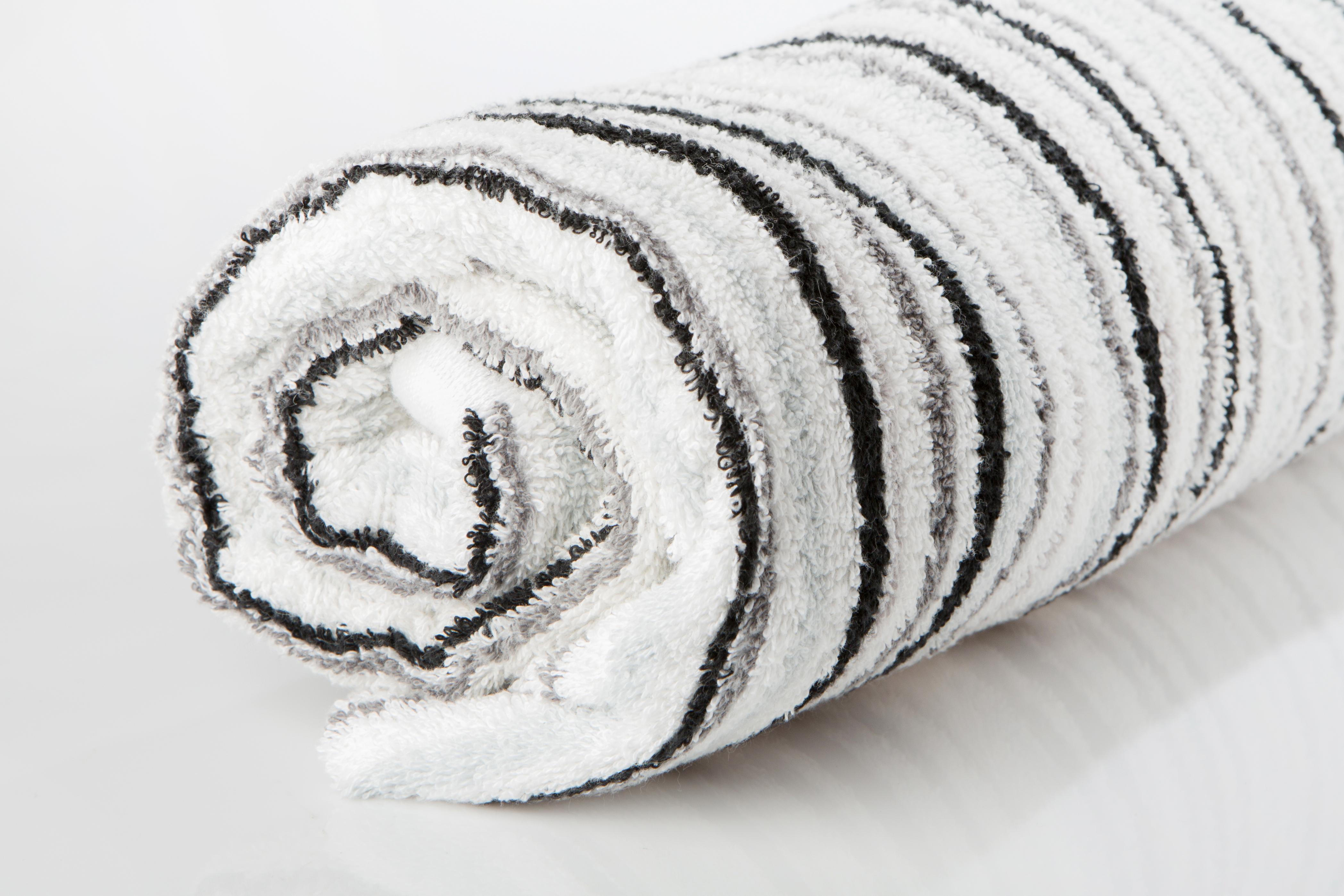 Jacquard multicolour towel