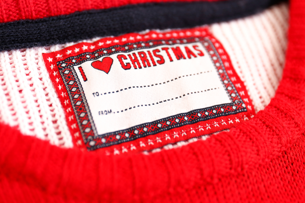 Knitted sweater label