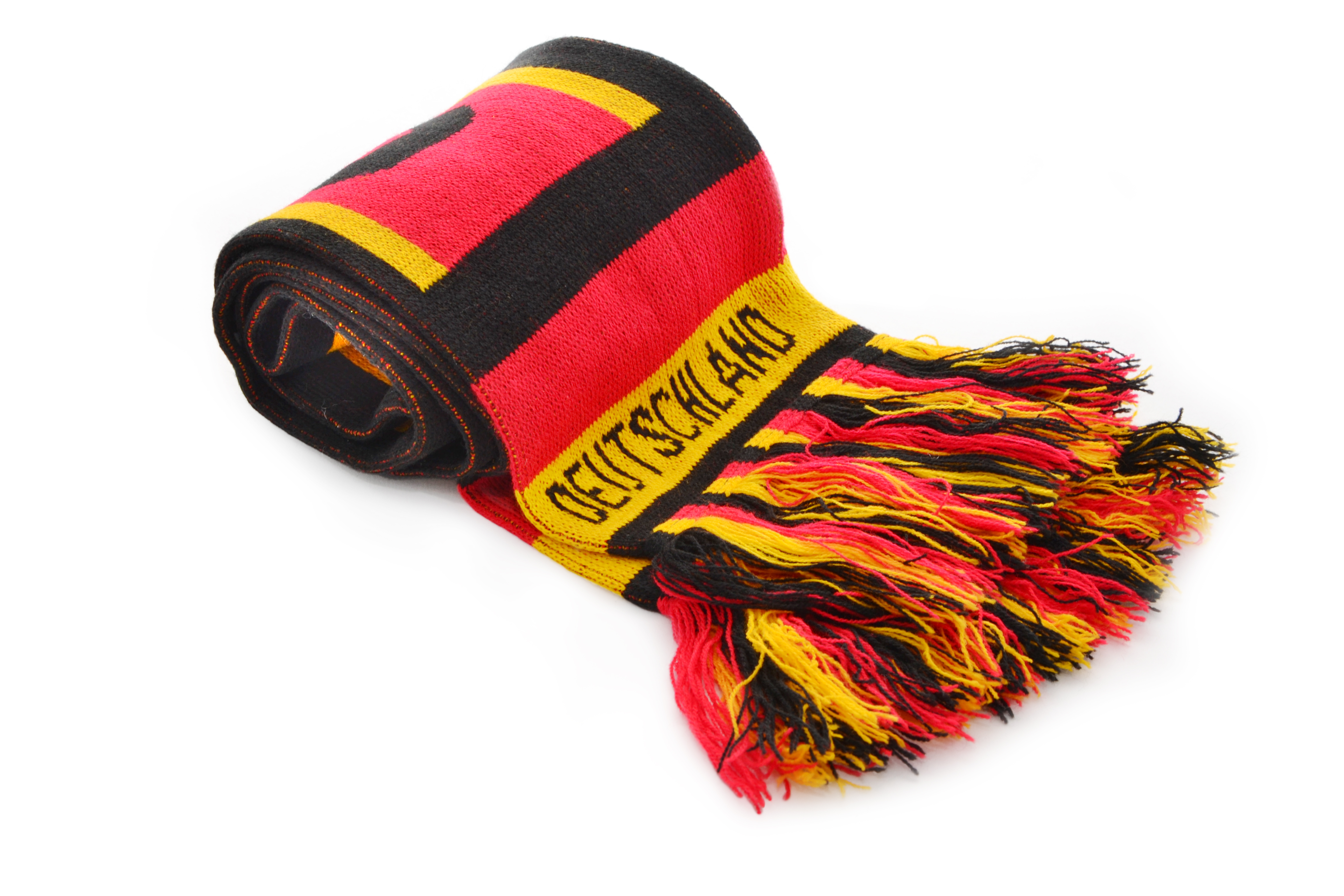 Knitted sports scarves