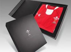 Tshirt box packaging