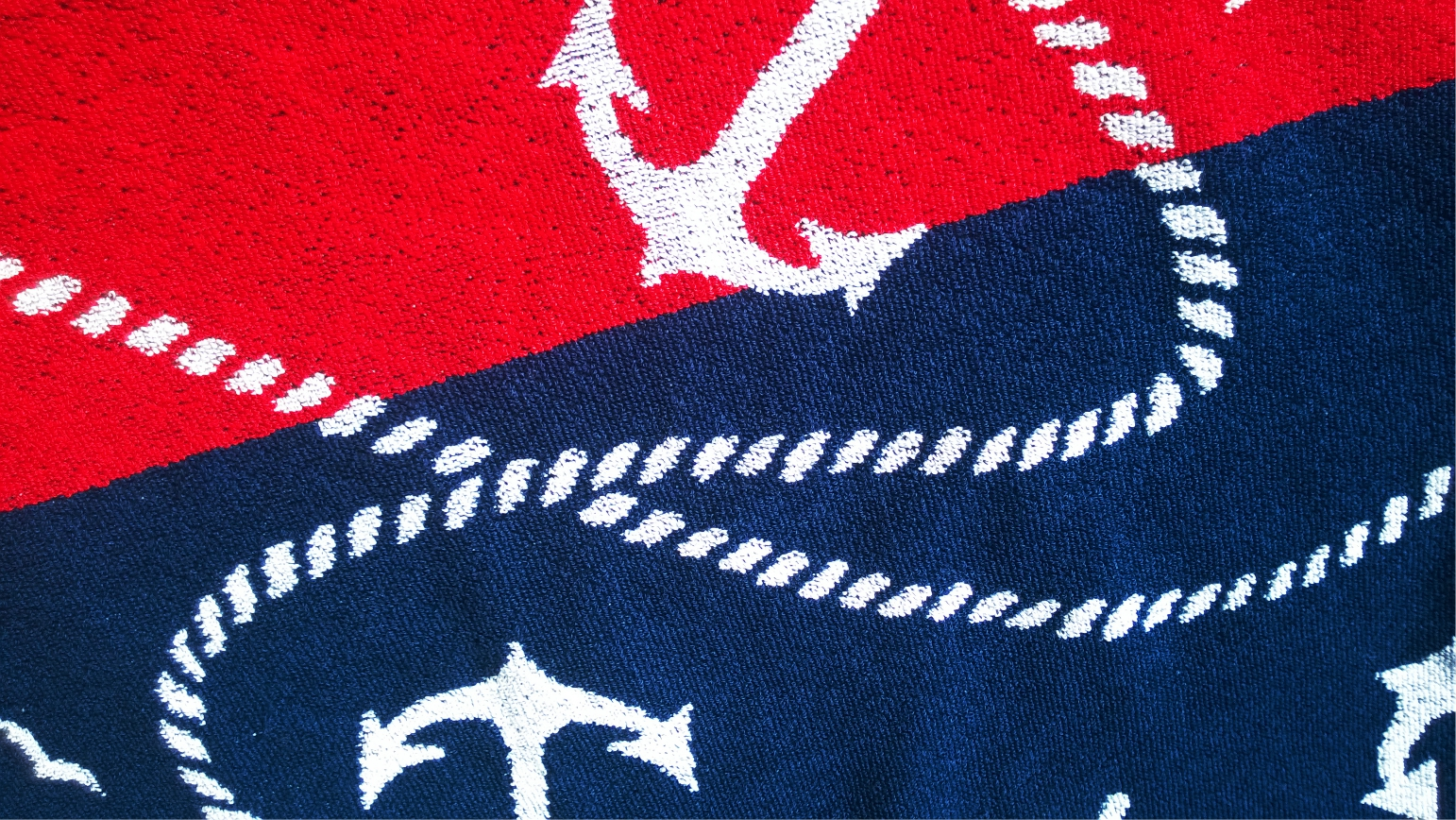 2 colour jacquard woven towel.