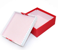 Garment boxes (80)
