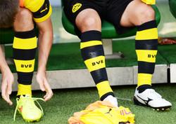Professional football socks from KINGLY