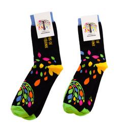 KS05 Crew socks showing man and woman si
