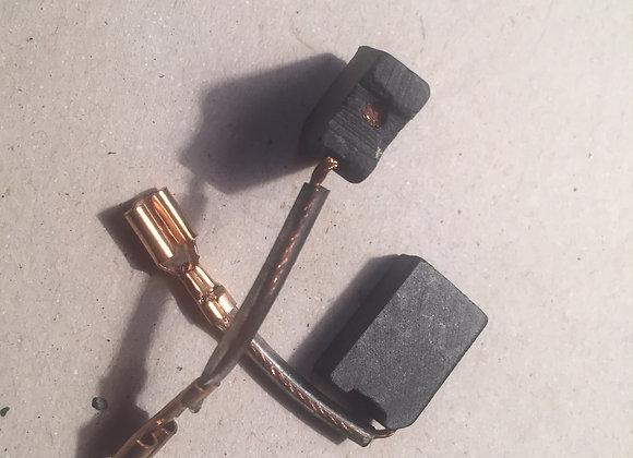Uhlíky pro sekací/vrtací kladivo DWT BH12-40V