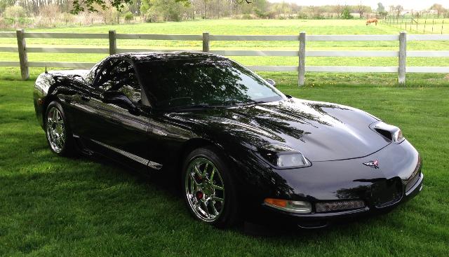 04 Corvette Z06 01_edited.png