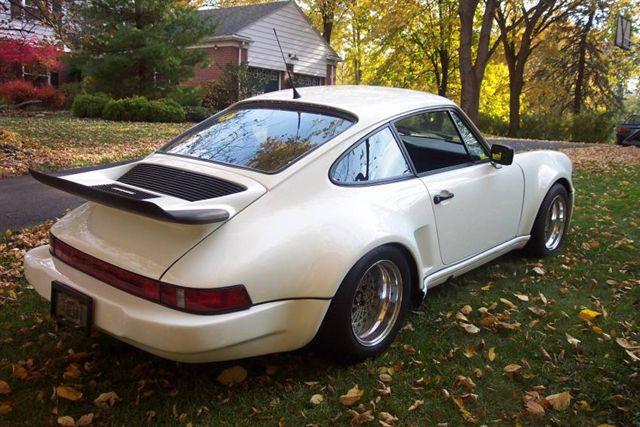 Porsche 911 02.jpg