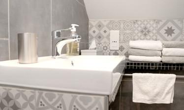 La Barbelotte - salle d'eau, Le Petit Manoir de la Vernelle