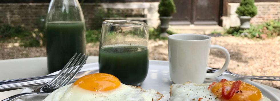 Oeufs et muffins, Le Petit Manoir de la Vernelle