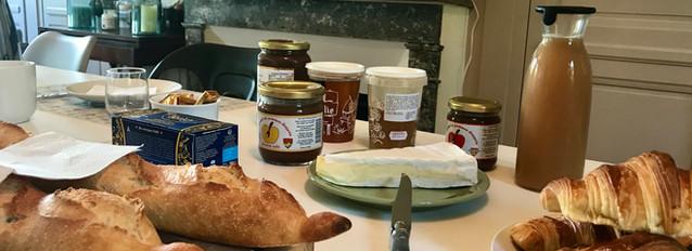 Pain, Croissant, Fromage, Le Petit Manoir de la Vernelle