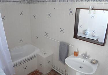 Salle de bain de la Gobine, Le Petit Manoir de la Vernelle