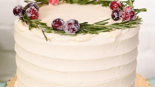 VEGAN Vanilla Raspberry Cake