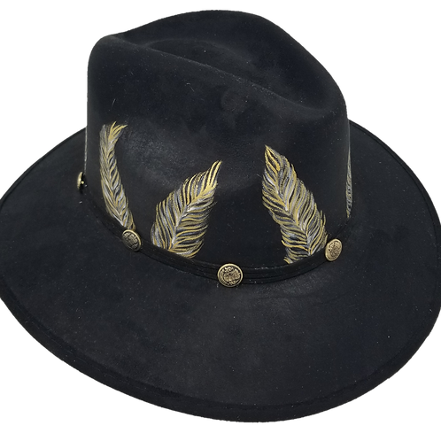 Black Feathers hat