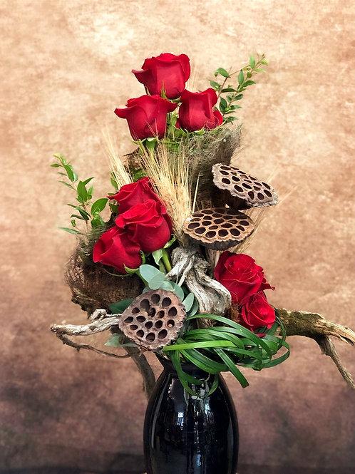 Ramo de rosas con decoración rustico