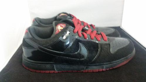 "Nike SB Dunk Low ""Mafia"""