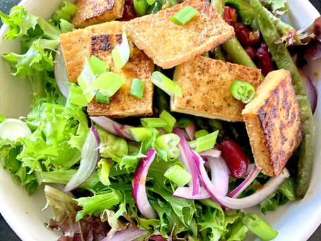 Meals We Love: Crispy Tofu and Spicy Green Bean Salad