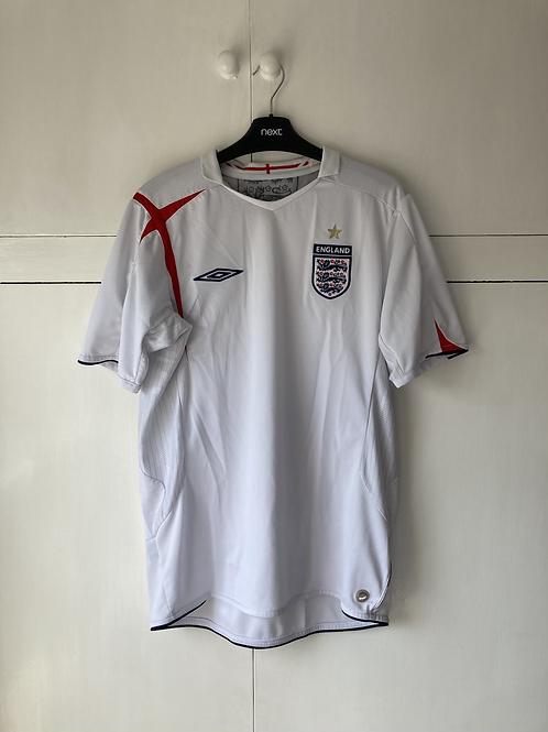 2005-07 England Home Shirt (Excellent) M