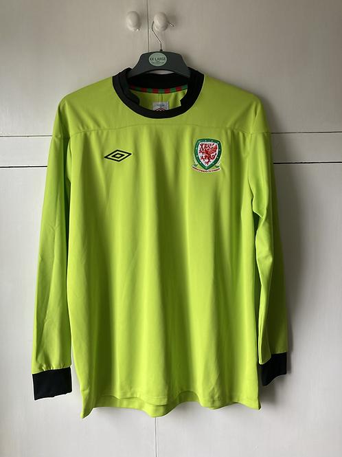 2011-12 Wales Goalkeeper Shirt (Excellent) XL