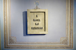 'i have no borders', 2019 Alçıpan ve beton, 70 x 50 cm
