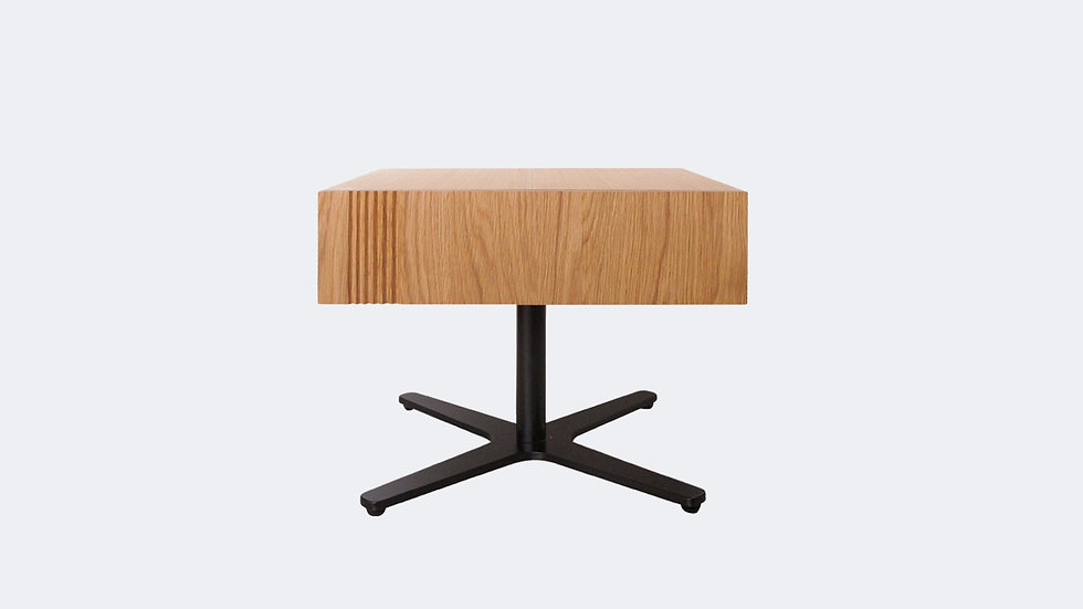 YAK MIDDLE TABLE