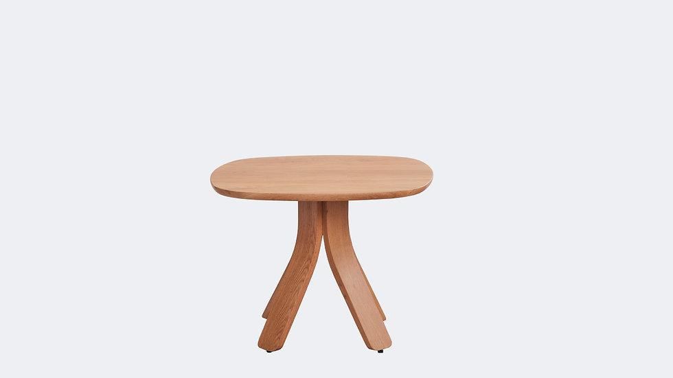 TRES CENTER TABLE