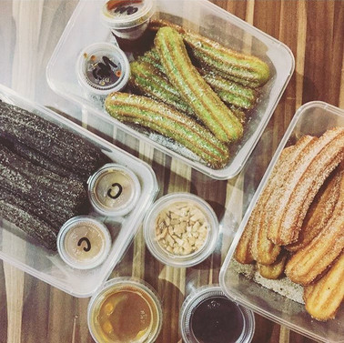 Bronze Churros Set (21 Pcs + Variety of Dips + Toppings)