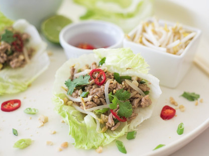 San Choy Bow with Bean Sprouts