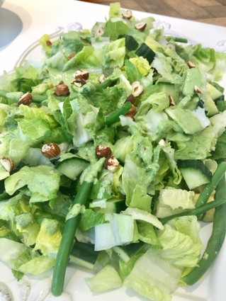 Fresh and Crunchy Green Salad
