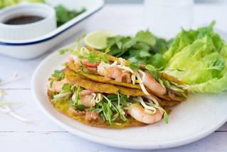Crispy Vietnamese Pancakes with Prawns and Bean Sprouts