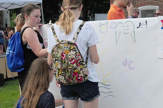 KIDS AT BEANSTOCK GRAFFITI STANDS 7.14.1