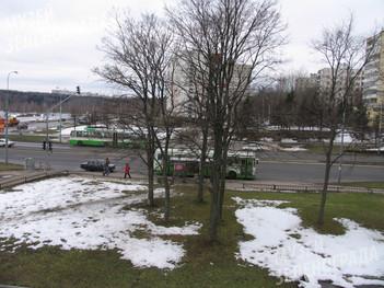"""НВ 4846. Панорама на остановку """"Парк Победы"""", 4 мкрн. и Южную промзону. Вид со стороны здания префектуры."""