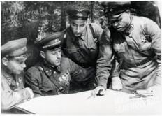 В штабе группы Рокоссовского К.К. Обсуждение плана предстоящей операции